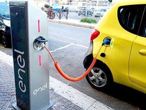 4 punti ricarica veicoli elettrici