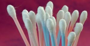 Ambiente: al bando i cotton fioc di plastica