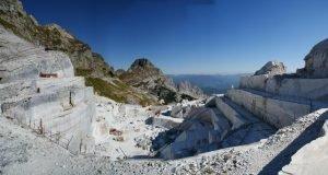 cave-marmo-alpi-apuane