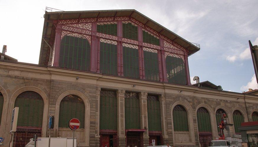 Facciata-del-Mercato-Centrale-di-San-Lorenzo-di-Firenze