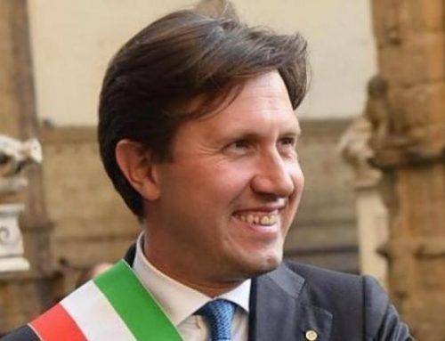 """Videomessaggio del Sindaco di Firenze: """"Non riversatevi nelle strade"""""""