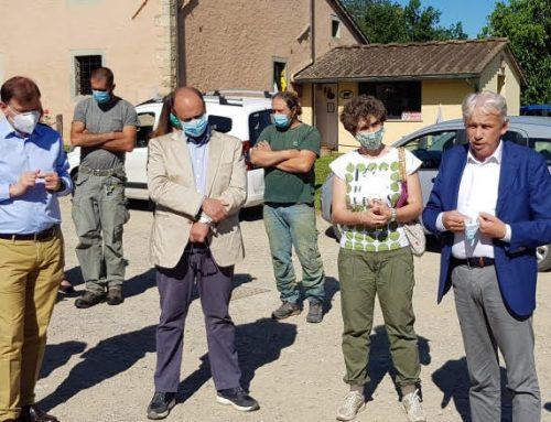 Agricoltura, visita in Mugello dell'assessore regionale Remaschi