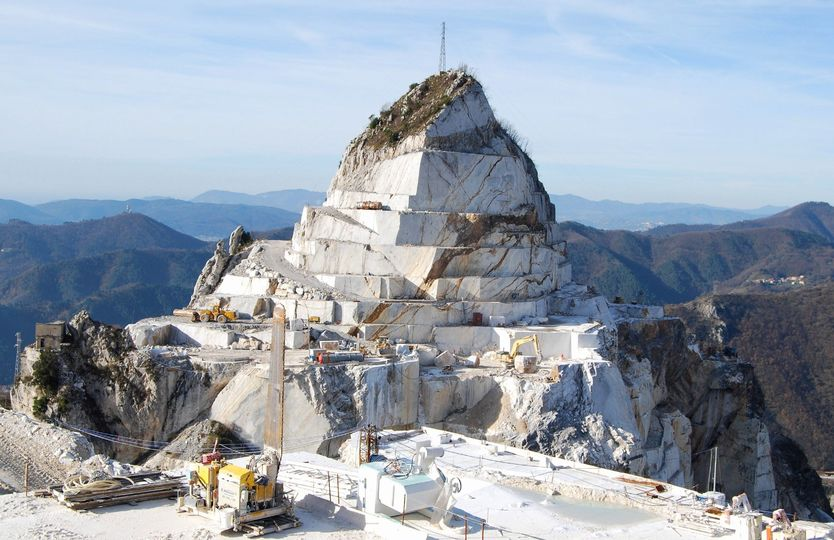 Cave marmo bianco Apuane