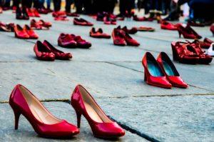 scarpe-rosse-violenza-contro-le-donne